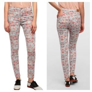 BDG High Rise Skinny Floral Jeans 27